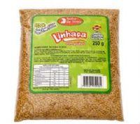 A linhaça dourada em grãos -