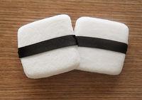 quadrado handmade sopro 100% algodão, esponja de mel, usado apenas para pó solto -